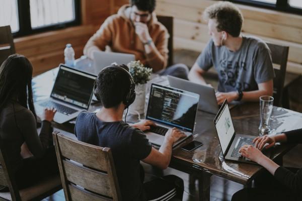 team-meeting-computers
